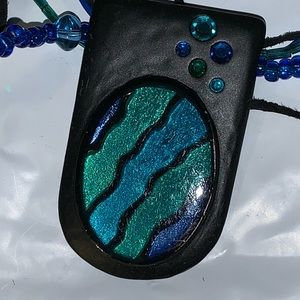 CHICO'S BLACK GREEN & BLUE GLASS & METAL NECKLACE